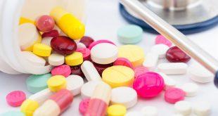 Pilules et antibiotiques multicolors